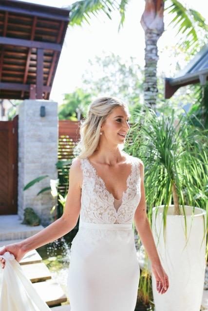 CAIRNS BRIDAL MAKEUP HAIRSTYLIST WEDDING HAIR CAIRNS PORT DOUGLAS