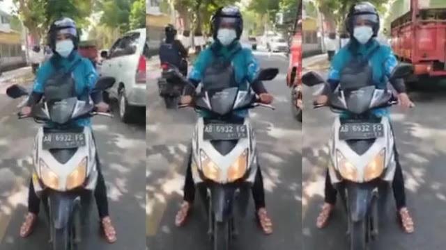 Viral Pengendara Motor Emak-emak di Tengah Jalan Melawan Arah