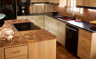 Tips memasang granit meja dapur modern agar diperoleh hasil optimal