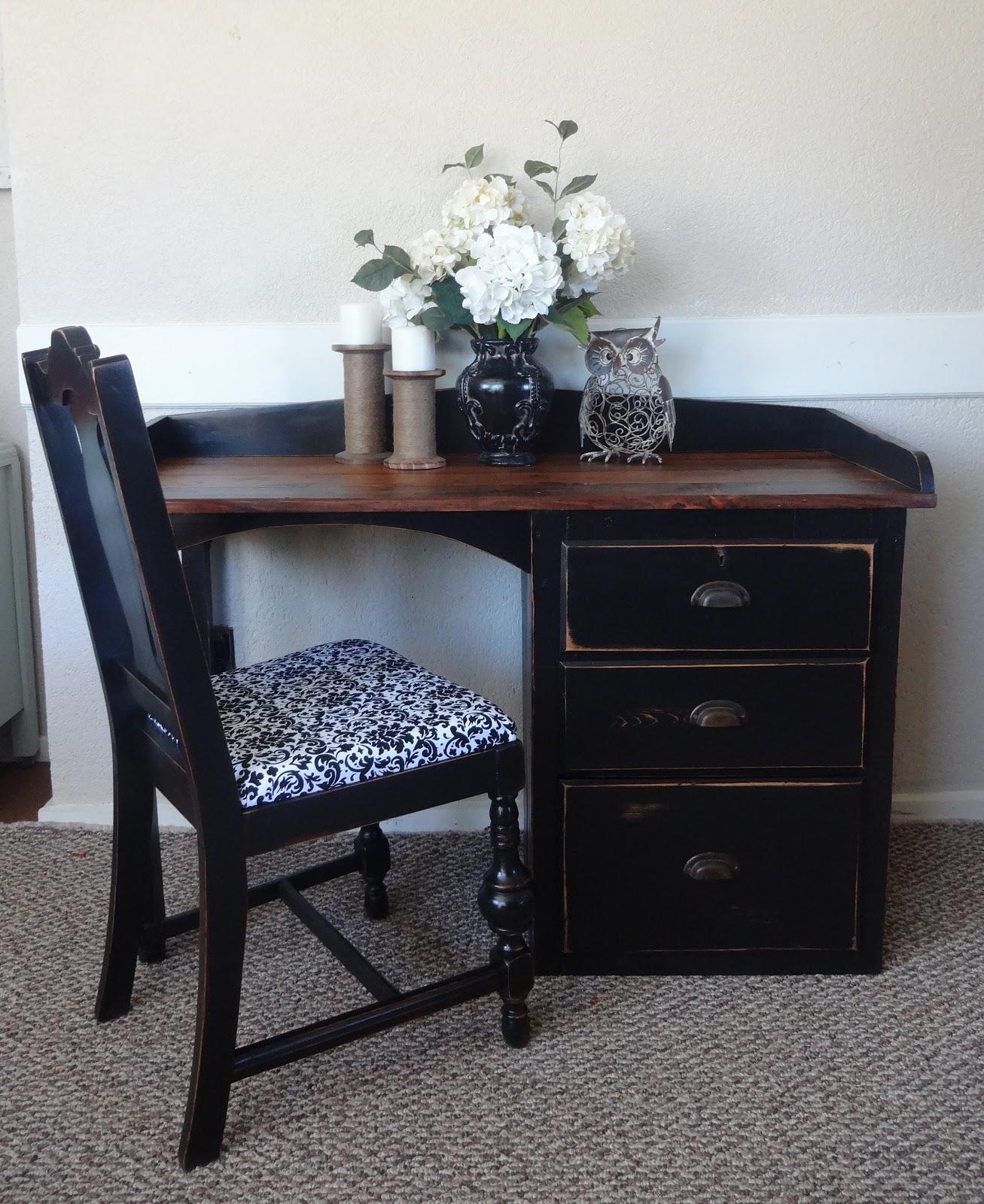 {createinspire}: Antique Plank Desk