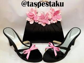 Tas Pesta dan Clutch Bag Hitam Pink Bunga