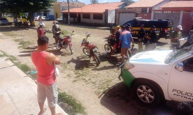 Blitz policial termina em confusão e agressões em Buriti dos Lopes/PI