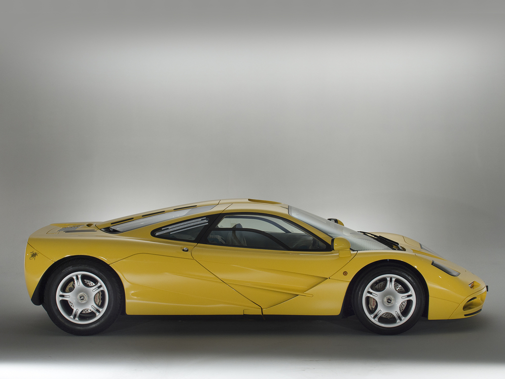 world 39 s lowest mileage mclaren f1 is a collector 39 s dream. Black Bedroom Furniture Sets. Home Design Ideas