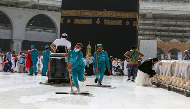 Otoritas Arab Saudi Kembali Buka 2 Tempat Paling Suci Umat Islam