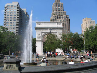 New York University campus | Washington Square Park | Find the best undergraduate art history programs at http://schulmanart.blogspot.com/2011/08/top-5-art-history-undergraduate.html