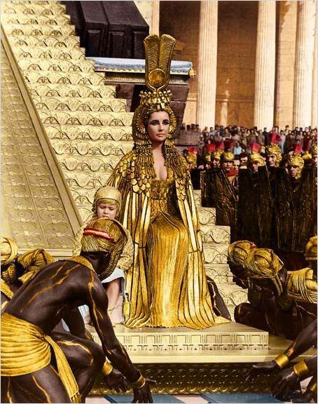 cleopatra entry Rome