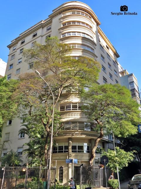Vista ampla do Edifício Versalhes - Higienópolis - São Paulo