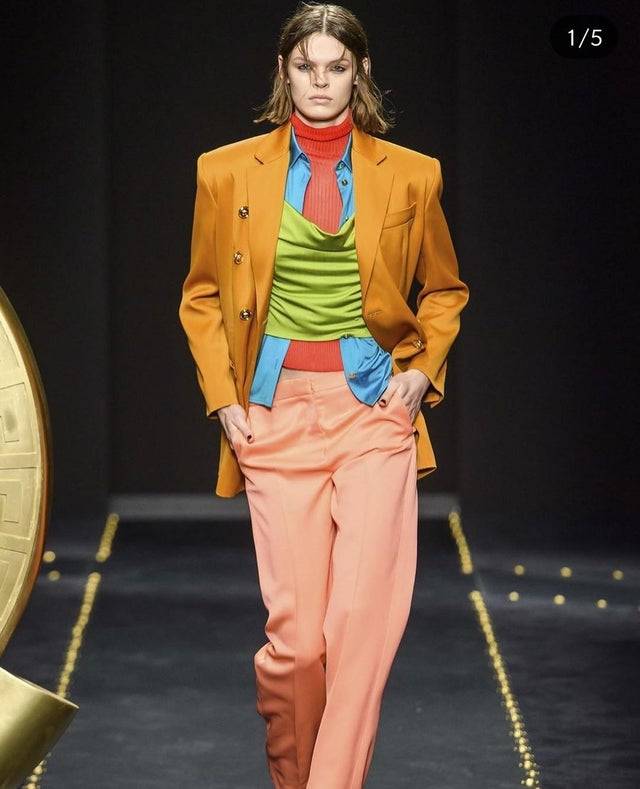 This model looks like she's combined all the Scooby Doo characters outfits into one