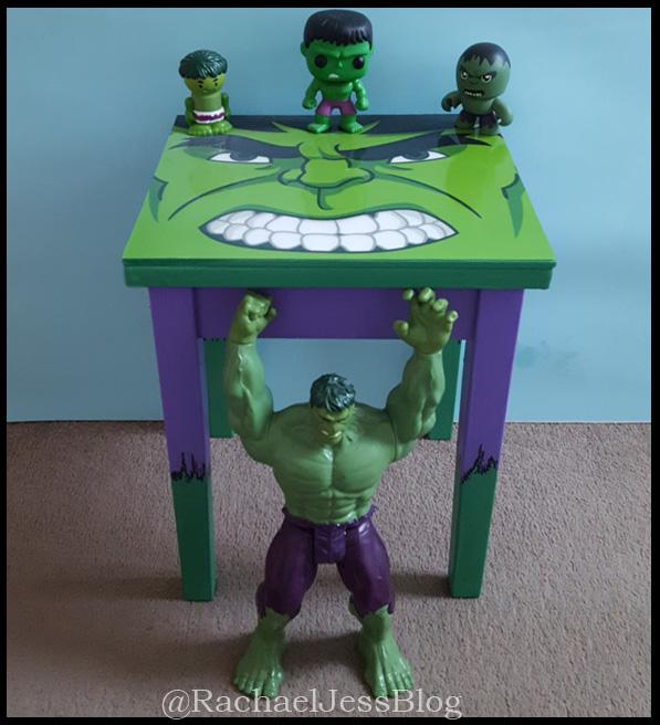 Hulk dressing table