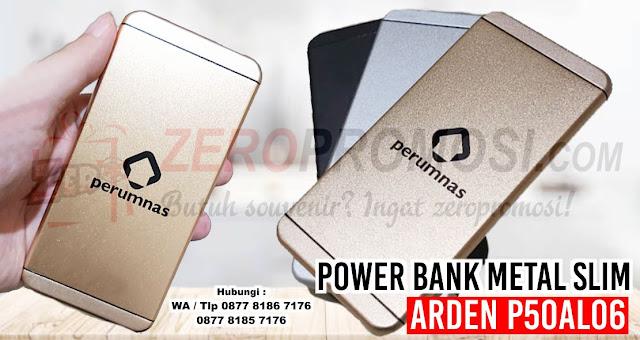 Powerbank Arden 5000 mAH P50AL06, Power Bank Metal Slim Iphone 5000 Mah P50al06, Powerbank 5000 mAH P50AL06 yang tersedia dalam 3 warna: Hitam, Perak dan Emas