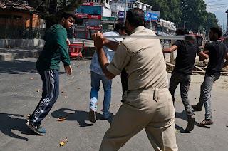 Aparat Keamanan India Bubarkan Prosesi Perayaan Hari Asyura Syiah
