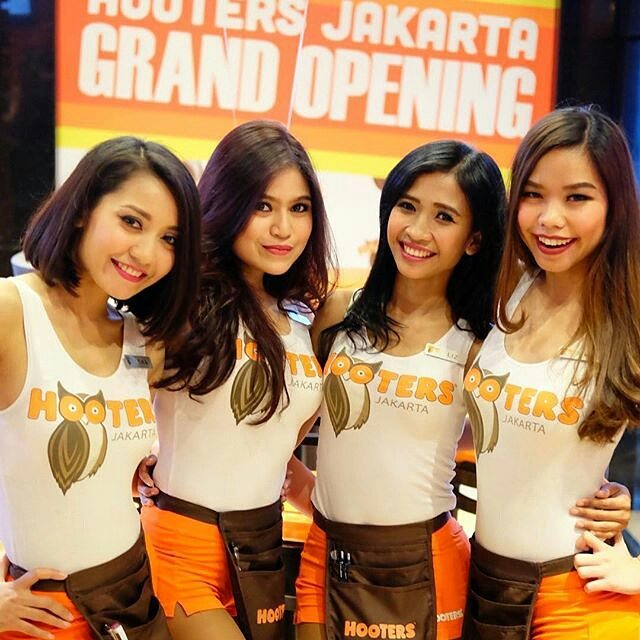 When I first heard that Hooters was coming to Jakarta, my first thought was  that it would make a perfect target for the FPI or any other religious  groups.
