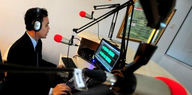 Daftar Alamat Dan Nomor Telepon Stasiun Radio Di Surabaya