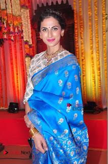 Actress Model Shilpa Reddy Exclusive Stills in Blue Saree at Vijay Karan Aashna Wedding  0050.JPG