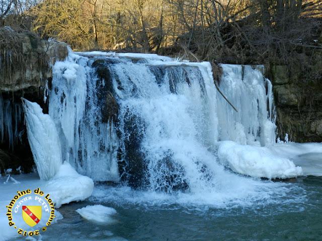 THOREY-LYAUTEY (54) - La cascade de l'Etanche gelée