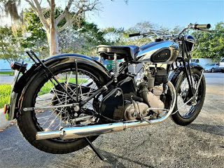 1944 BSA M20  Fully Restored Black and Silver 500cc
