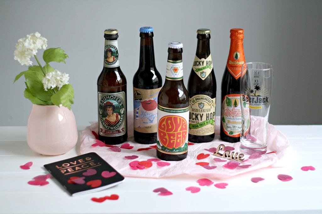 Beer Jack der neue Online Shop für Craft Beer, Craft Beer online kaufen, verschiedene Sorten Craft Bier, Valentinstagsgeschenk für Männer, individuelle besondere Geschenkidee zum Valentinstag, Geschenk zum Vatertag, Beer Jack Bierbox Valentinstag-Box, Love Bier, Geschenk zum Thema Liebe, Craft Beer Brauerei