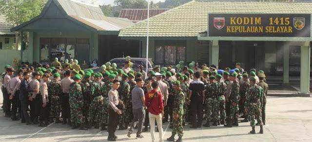 HUT TNI Ke 74, Jajaran Polres Selayar, Datangi Makodim 1415