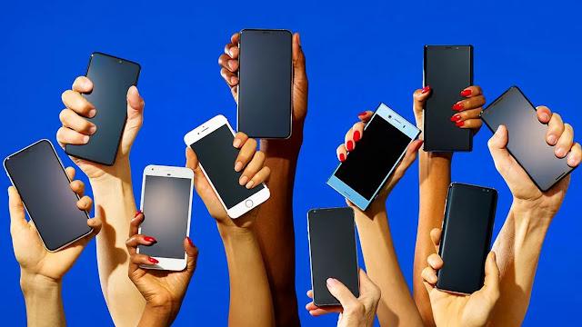 ما هو أفضل وقت لشراء هاتف ذكي جديد؟