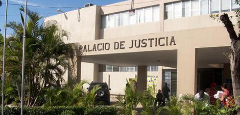 BANI: Tribunal colegiado condena a 30 años matadores de mujer policía