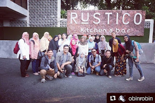 Foto Bareng di Rustico Kitchen n Bar