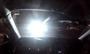 Chính Thức: Từ Nay, Bật Đèn Pha Trong Thành Phố Bị Phạt 700.000 Đồng ảnh 3