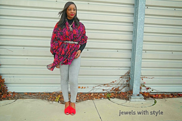 how to wear a scarf, new ways to wear a scarf, creative ways to wear a scarf, how to style a scarf, jewels with style, fall trends, winter trends, high waisted jeans outfit, fall outfits, outfit inspiration, flower scarf, black fashion blogger, Monica Warren, zebra belt, red peep toe shoes