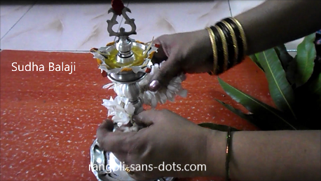 kuthu-vilakku-decoration-for-Navratri-1c.png