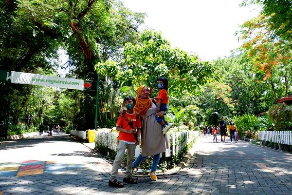 hewan yang dilindungi di kebun binatang surabaya