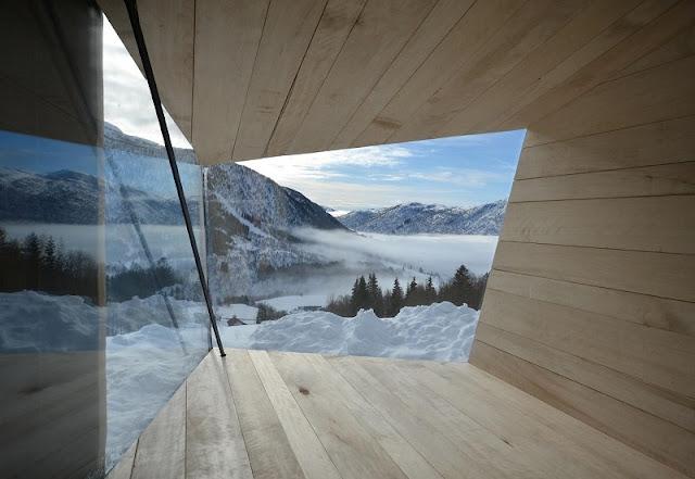 Fotos cool: construcciones hiper modernistas en medio de la naturaleza construidas sobre las rocas. Arquitectura moderna contemporanea.