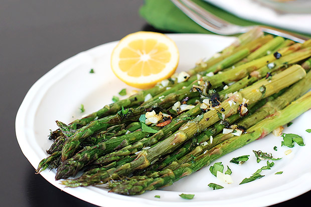roasted lemon pepper asparagus | baked lemon pepper asparagus