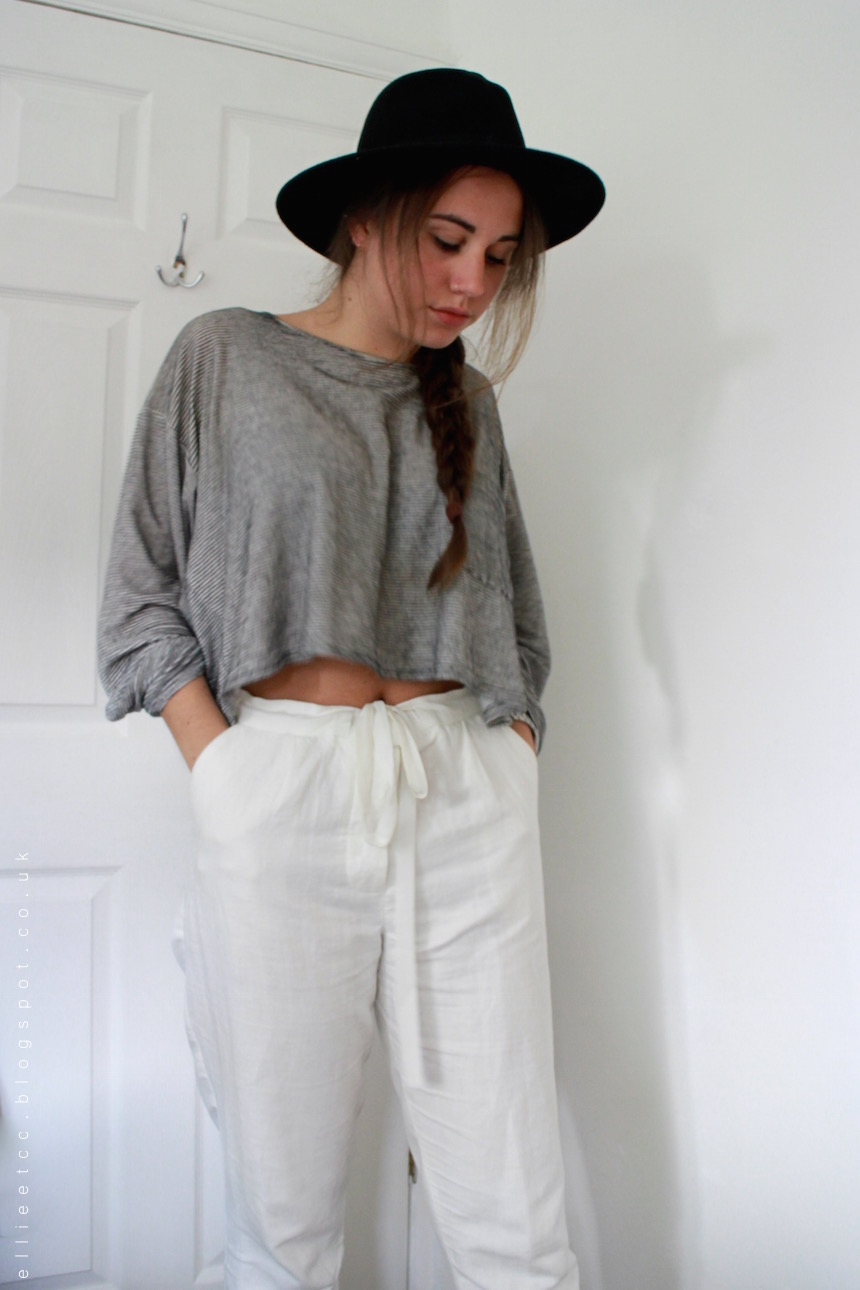 outfit, OOTD, white linen trousers, striped, crop top, stripes, forever 21, topshop, Primark, American Apparel, fashion, style, fedora hat,