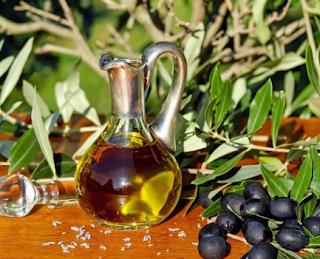 Cara Menggunakan Minyak Zaitun Sebagai Obat Wasir Alami