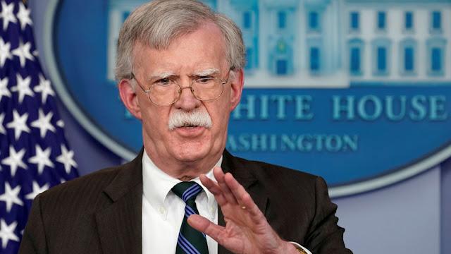 """Bolton afirma que EE.UU. se asegurará de que Maduro no se """"aproveche"""" de los recursos de Venezuela"""