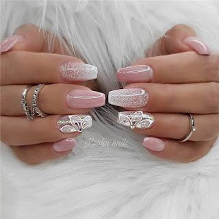 Wedding Nails. Wedding Nails Ideas and wedding nails inspiration for brides. Wedding nails with glitter, wedding nails ombre, wedding nails natural. Wedding nails 2021