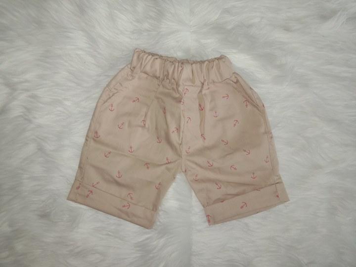 Celana Pendek 1-5 Tahun Warna Cream Bahan Katun
