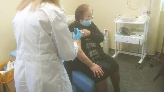 Ξεκίνησε στο νοσοκομείο Φιλιατών ο εμβολιασμός ηλικιωμένων για covid-19