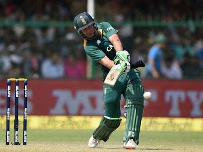 एबी डिविलियर्स ने सौरव गांगुली का रिकॉर्ड तोड़ा, वनडे क्रिकेट में सबसे तेज 9,000 रन बनाने वाले बल्लेबाज बने