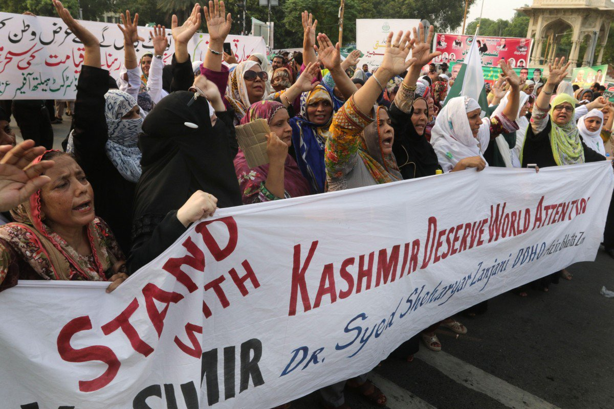 End of autonomy: India abolishes Kashmir's special status