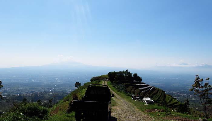 Pemandangan dari Pos 0 Gunung Sumbing via Banaran