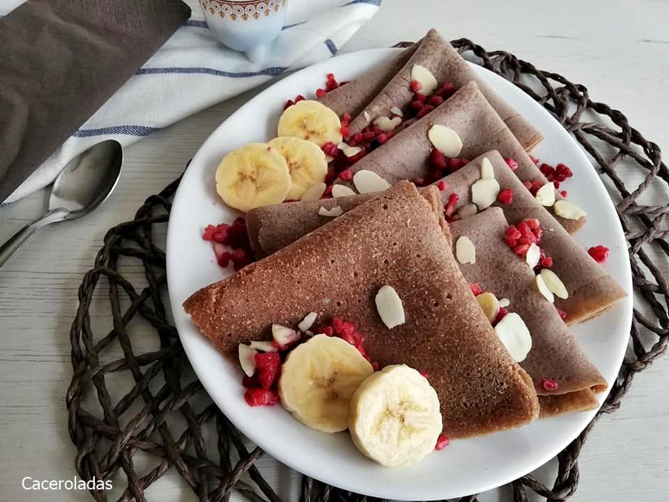 Crepes de chocolate con harina integral fáciles y saludables