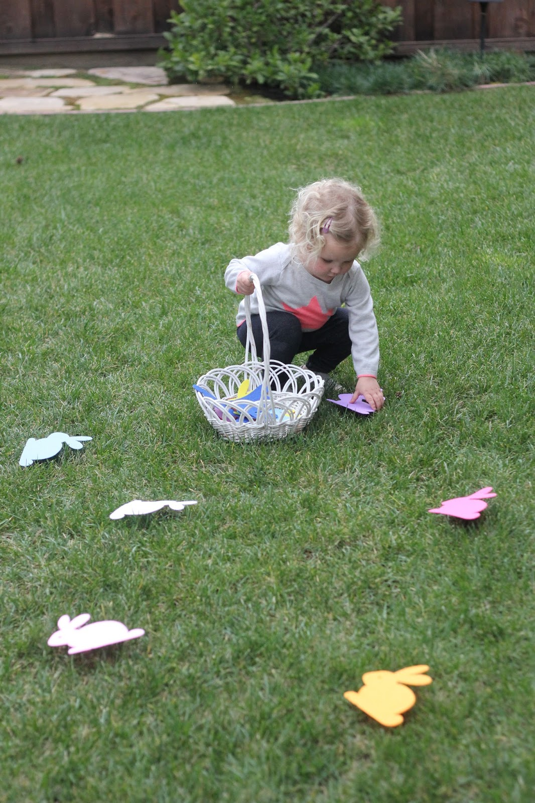 Toddler Approved!: Bunny Color Hunt for Toddlers