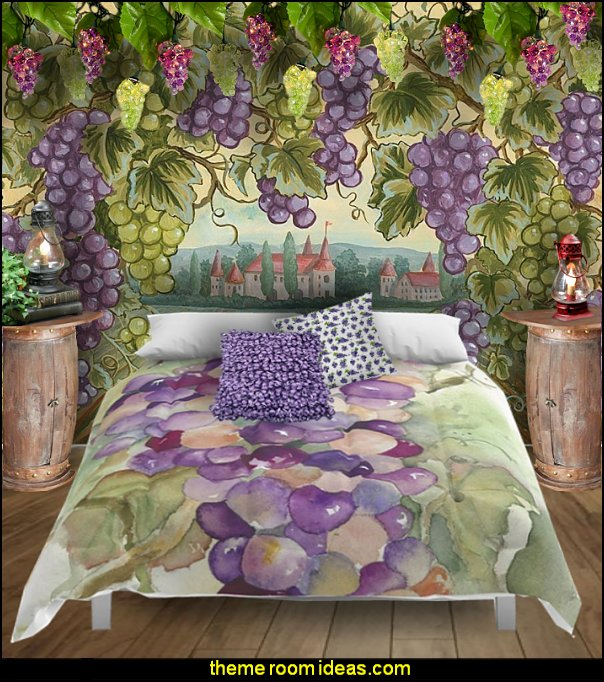 Wine Grapes Comforter