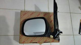 Kaca Spion Mobil Innova 2014