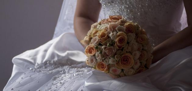 0a9816a54c7f6 تفسير حلم رؤية فستان الزواج أو الزفاف في المنام لابن سيرين