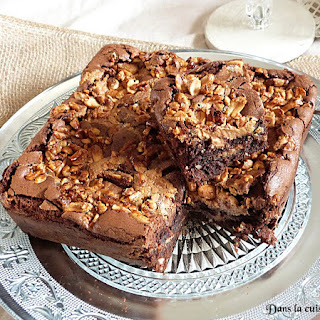 https://danslacuisinedhilary.blogspot.com/2016/05/brownie-au-beurre-de-cacahuete-crunchy-cacahuete.html