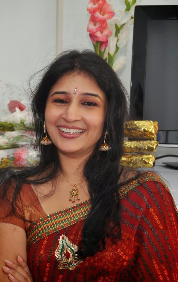 Tamil Pundai Mallu Hot Photos Aunty Photo - Celebrity -1242