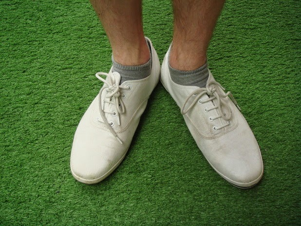 Gr Stains On Shoes Are Common They Can Be As A Result Of Playing Regularly Such Football Cricket Badminton Or Any Other