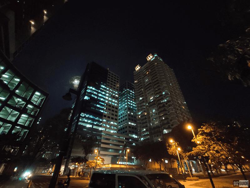 Ultra-wide in low light