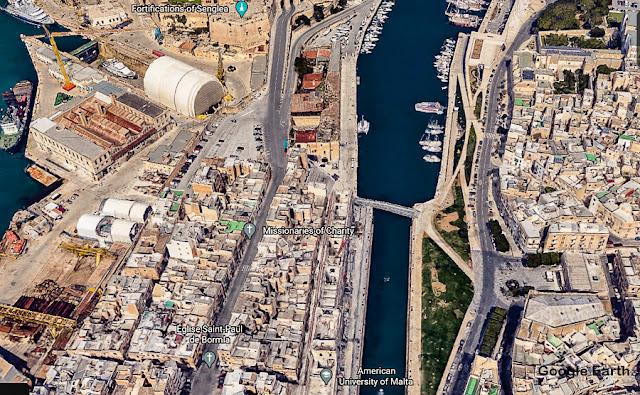 Uma ponte de pedestres entre Birgù e Cospicua, Malta